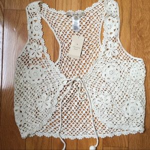NWT Forever 21 crochet stylish vest